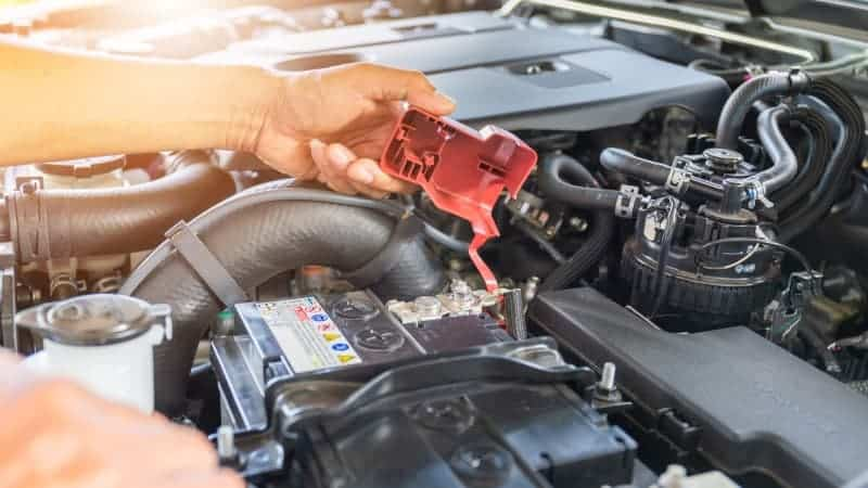 how to keep car battery from dying when not in use