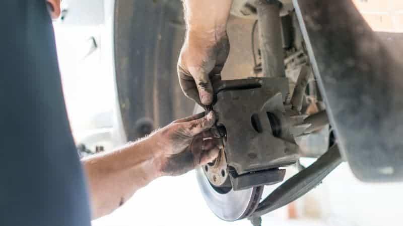 sticking brake caliper symptoms