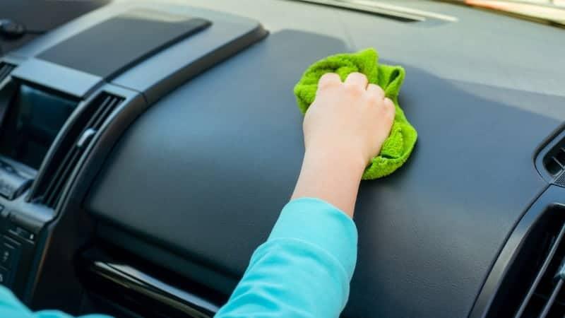 professional car interior cleaner