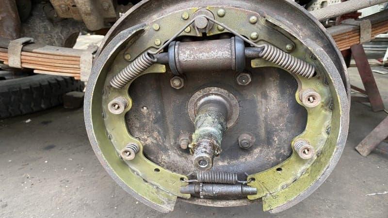 adjust drum brakes with parking brake