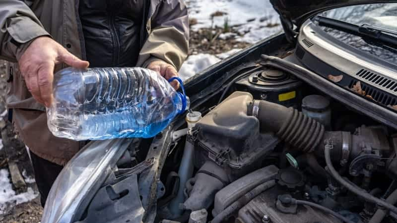 how to stop windscreen washer freezing
