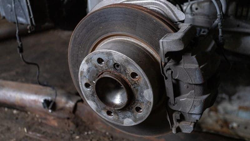 seized brake caliper symptoms